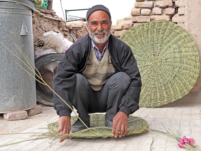 کشاورز زعفران کار